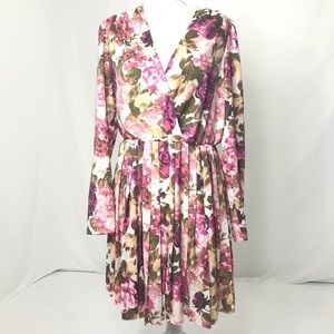 Women's Size Medium Leith Vintage Floral Dress